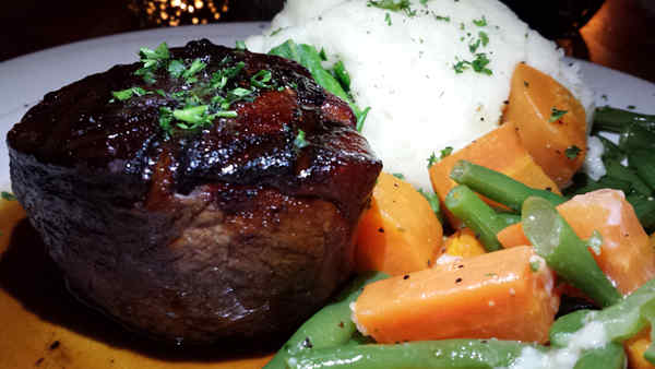 Filet-whole-potato-beans-carrots